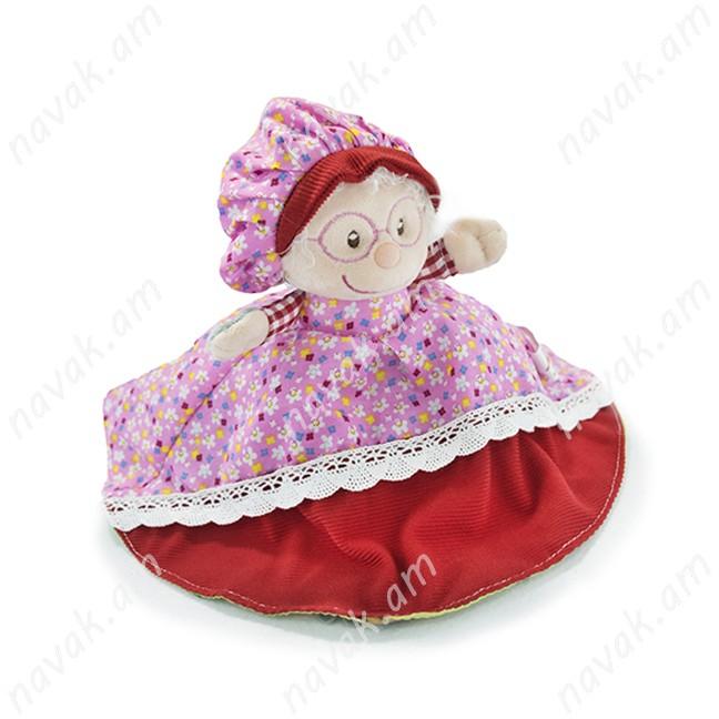 Կարմիր գլխարկը, տատիկը և գայլը մեկ խաղալիքում